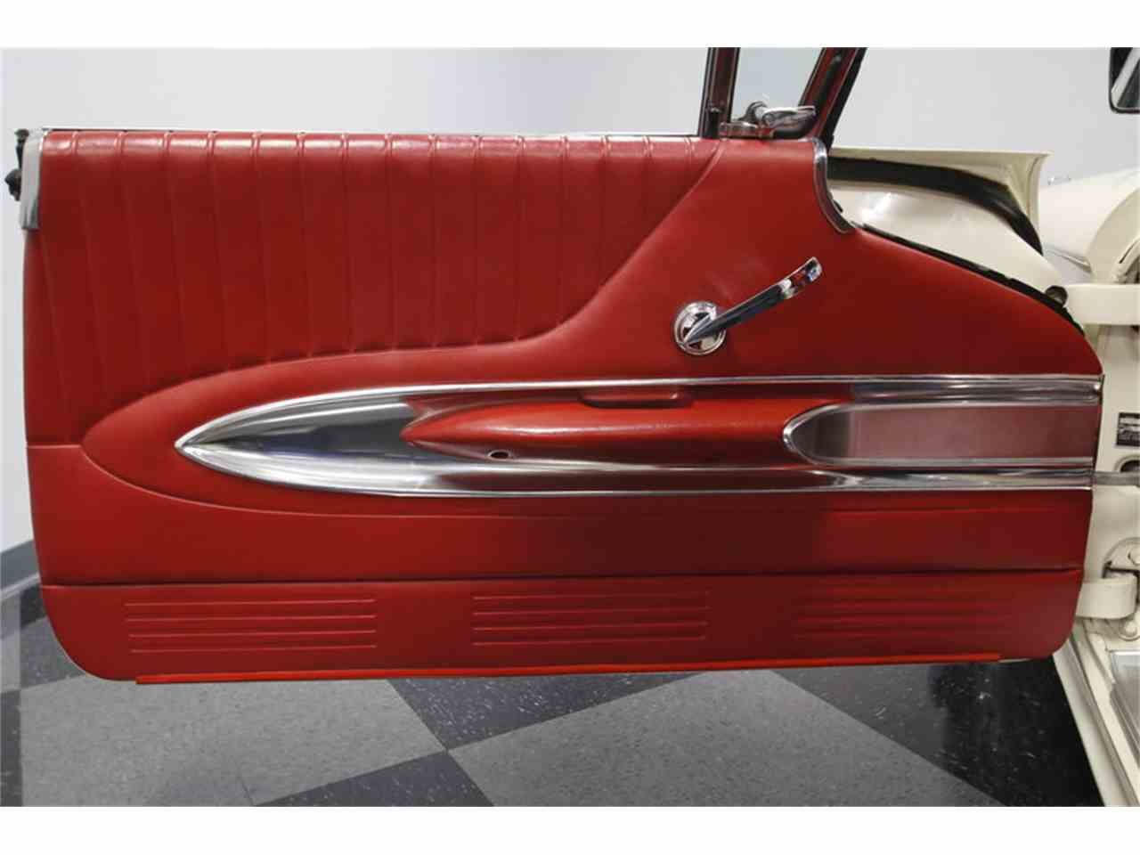 Large Picture of Classic '60 Ford Thunderbird - $46,995.00 Offered by Streetside Classics - Charlotte - MZHS