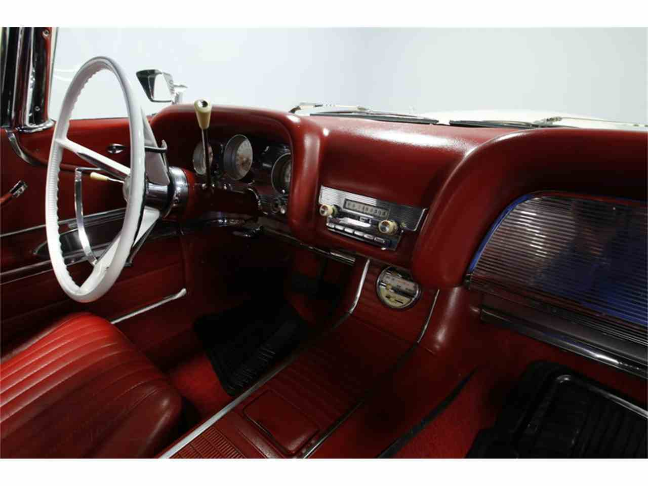 Large Picture of 1960 Ford Thunderbird located in Concord North Carolina - $46,995.00 - MZHS