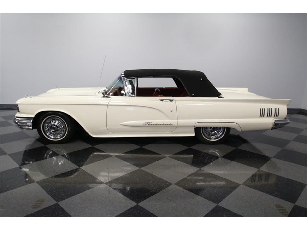 Large Picture of '60 Ford Thunderbird located in North Carolina - $39,995.00 - MZHS