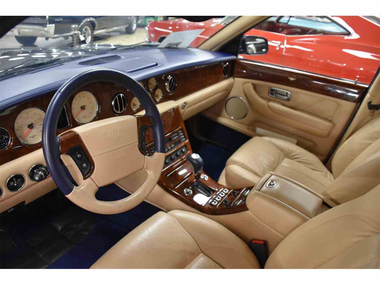 Large Picture of '03 Arnage - MZHV