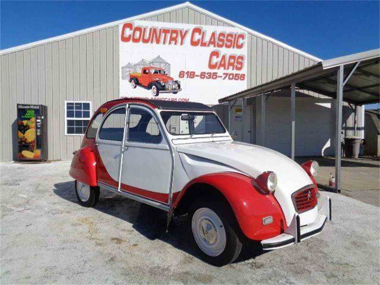 Large Picture of Classic '67 2CV located in Illinois - $16,750.00 - MZIH