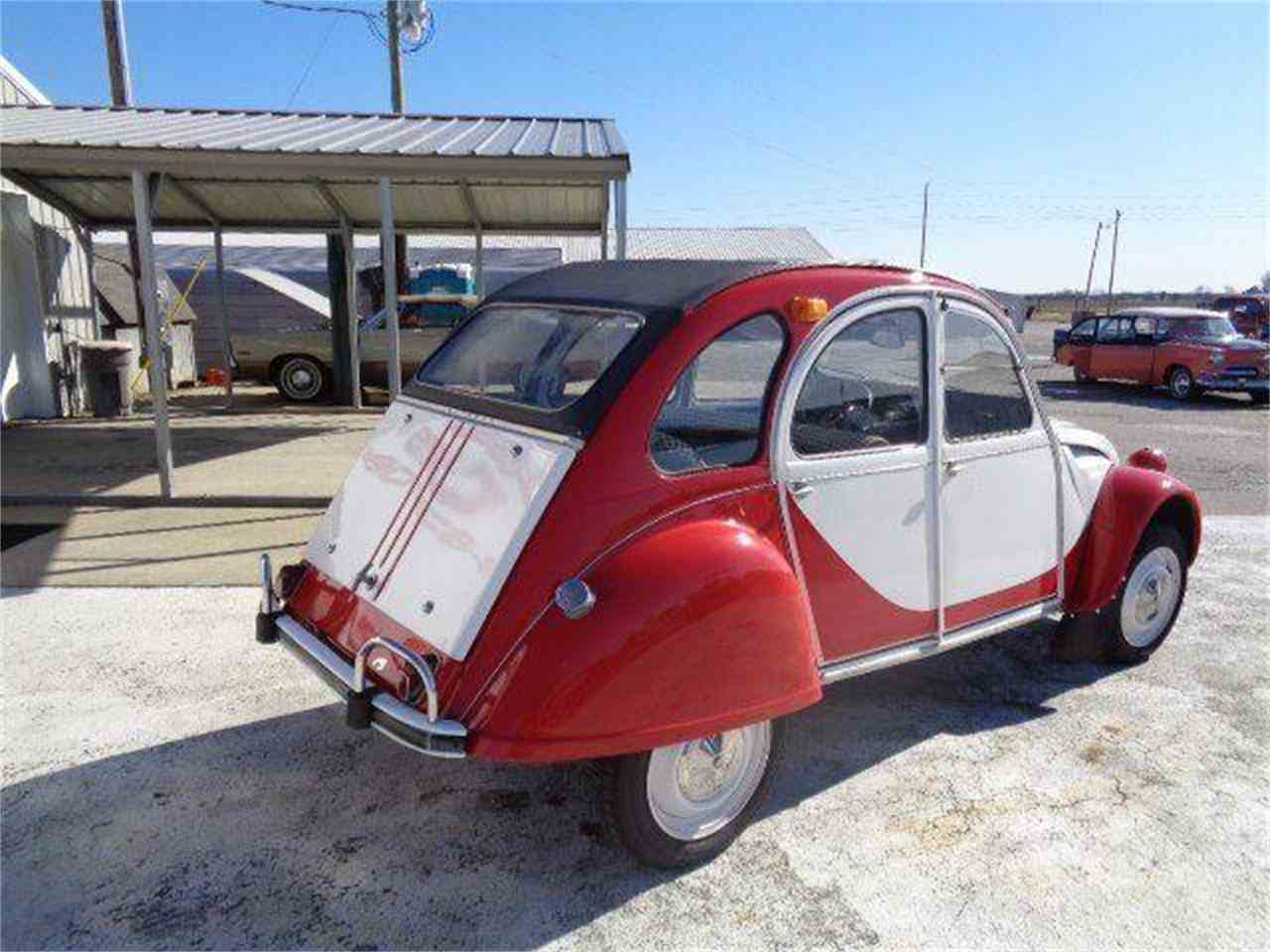 Large Picture of Classic 1967 2CV located in Staunton Illinois Offered by Country Classic Cars - MZIH