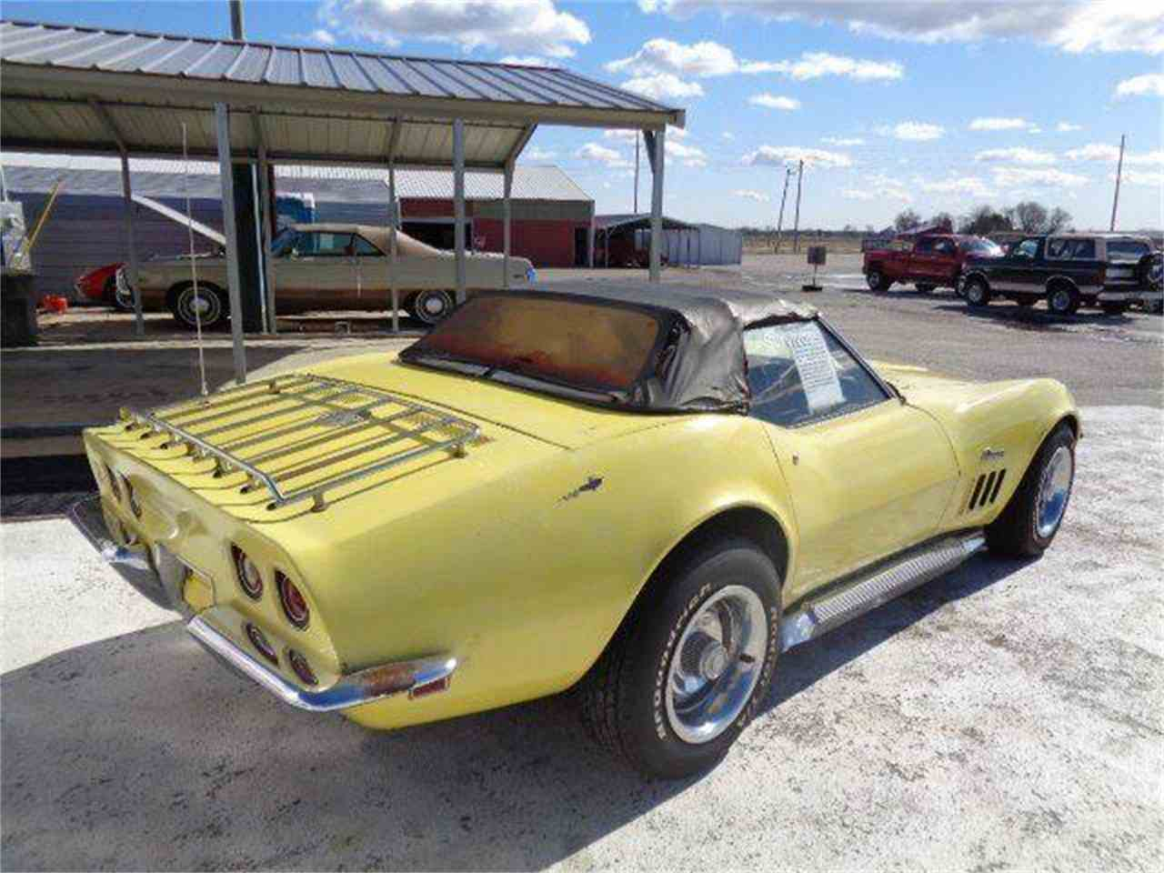 Large Picture of Classic '69 Chevrolet Corvette - $21,750.00 Offered by Country Classic Cars - MZIJ