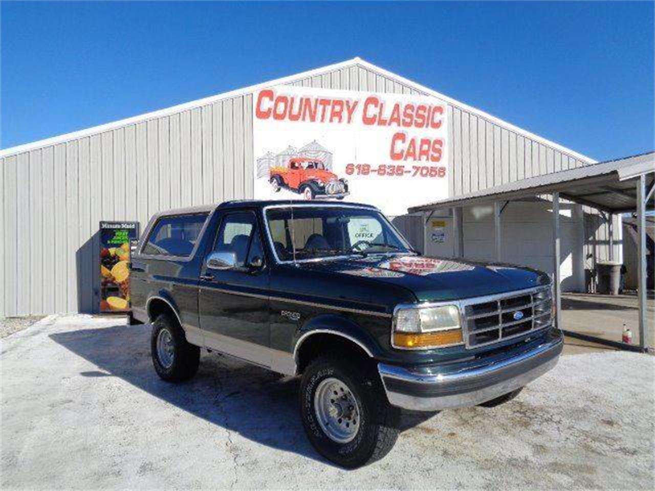 Large Picture of '93 Ford Bronco located in Illinois - MZIW