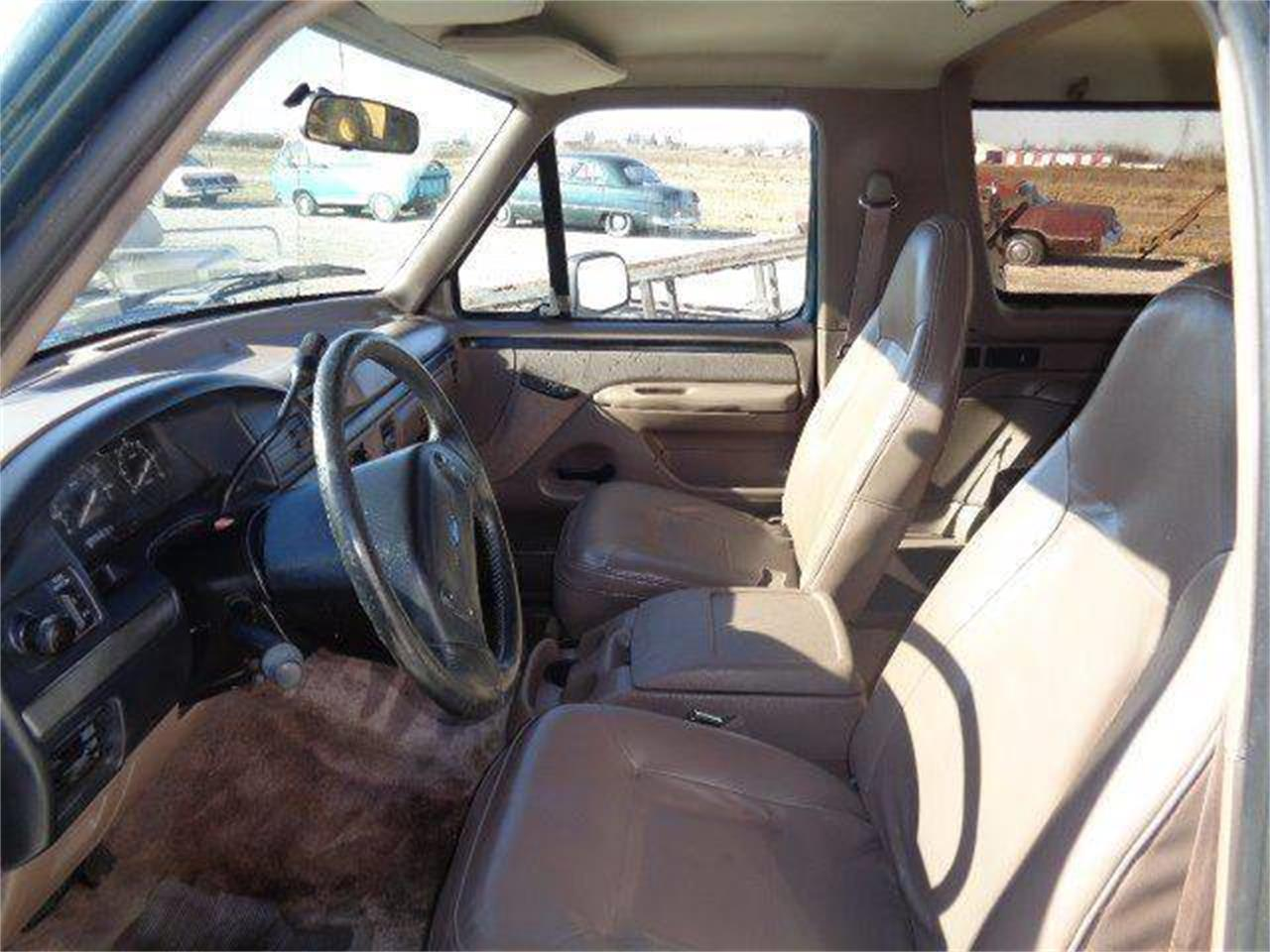 Large Picture of 1993 Bronco Offered by Country Classic Cars - MZIW