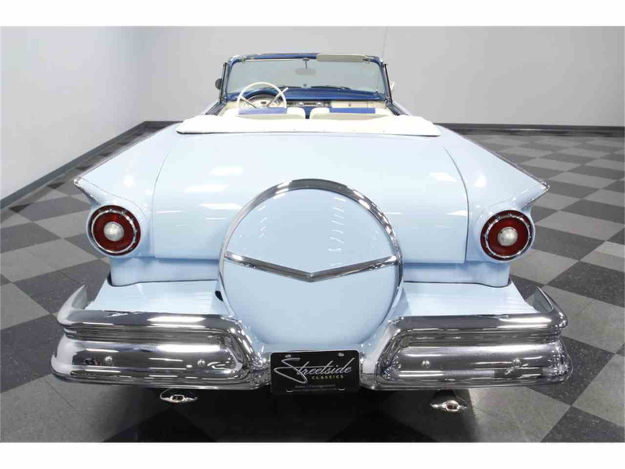 Large Picture of '57 Fairlane - MZJ8