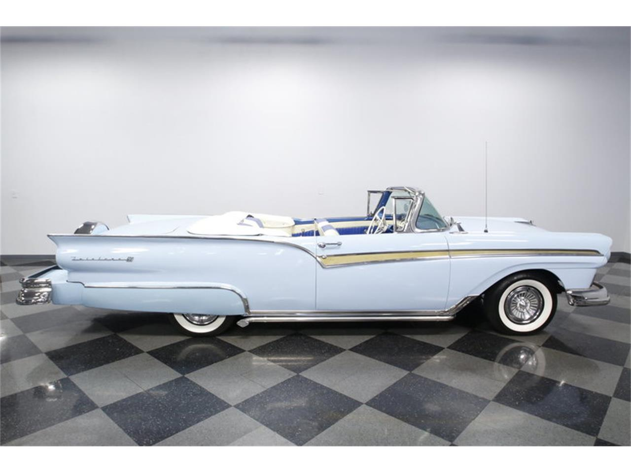 Large Picture of 1957 Ford Fairlane Offered by Streetside Classics - Charlotte - MZJ8