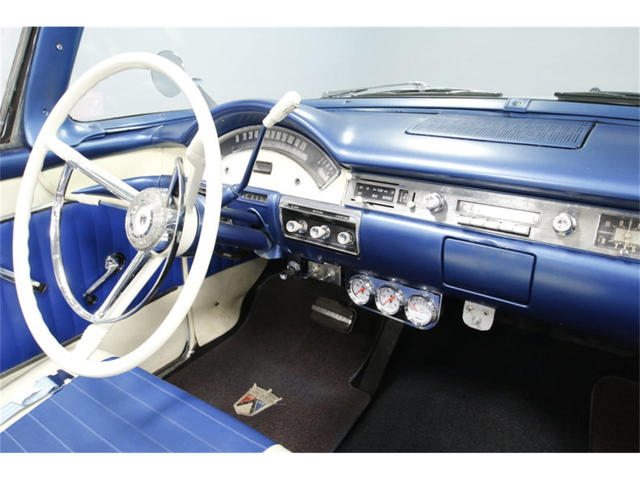 Large Picture of Classic '57 Fairlane - MZJ8