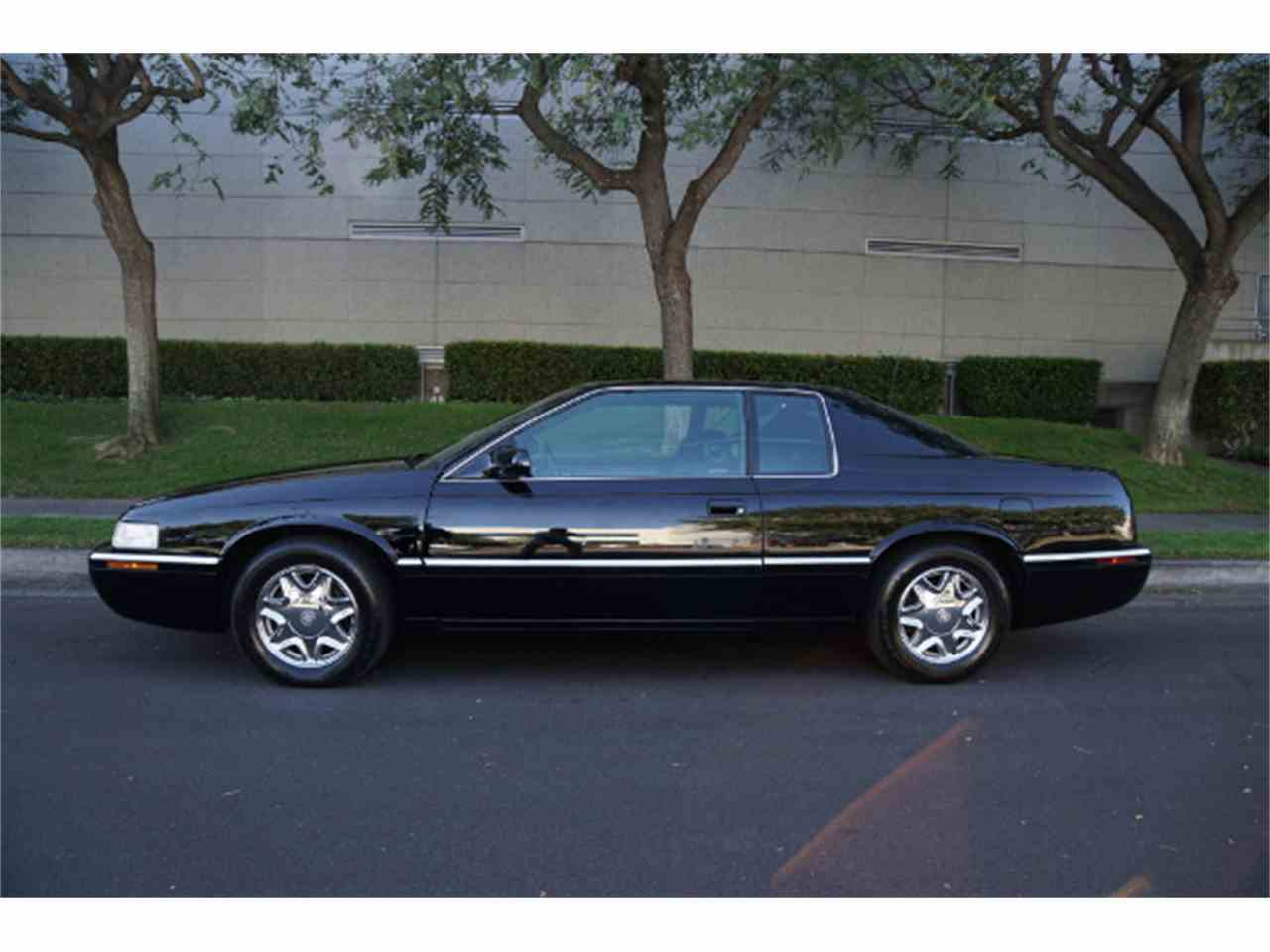 Large Picture of '02 Cadillac Eldorado Offered by West Coast Classics - MZJA
