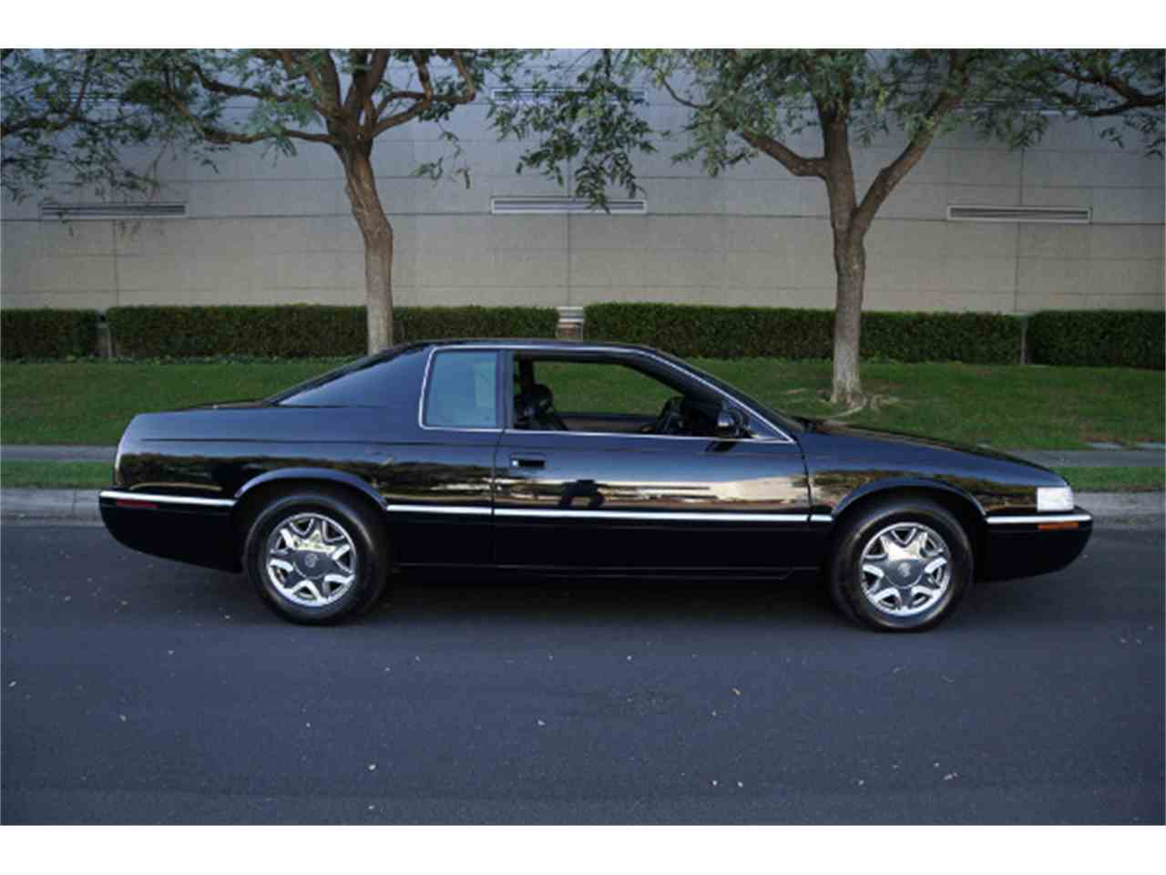 Large Picture of '02 Eldorado located in Santa Monica California Auction Vehicle - MZJA