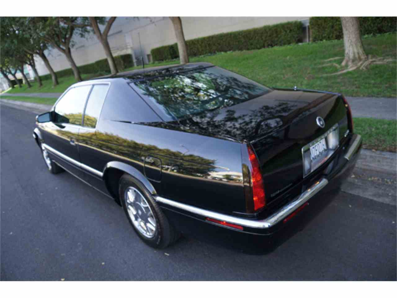 Large Picture of '02 Eldorado located in Santa Monica California Auction Vehicle Offered by West Coast Classics - MZJA