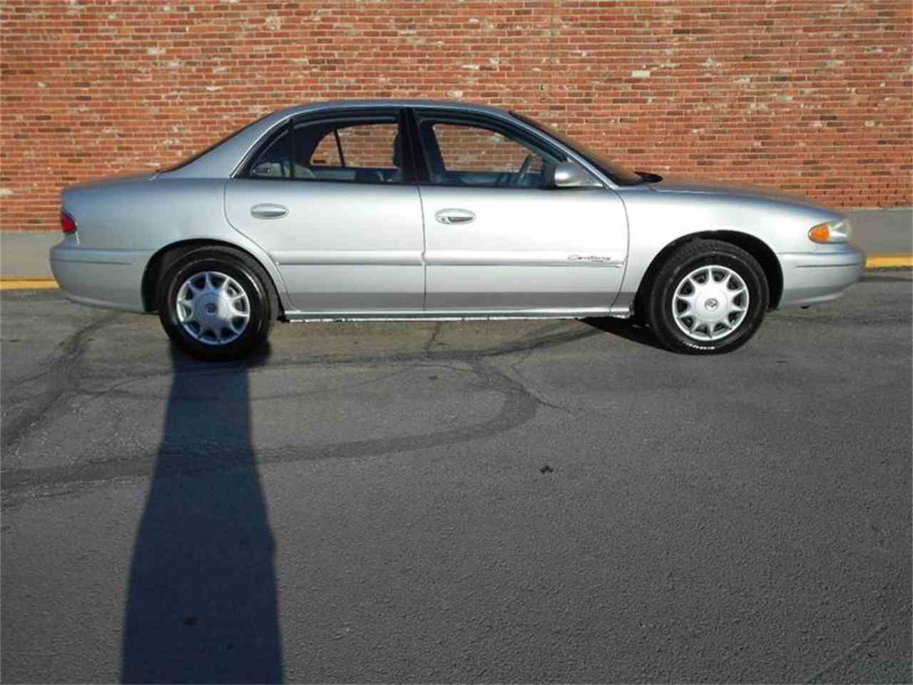 Large Picture of '02 Buick Century - $3,980.00 Offered by All American Auto Mart Inc - MZJH