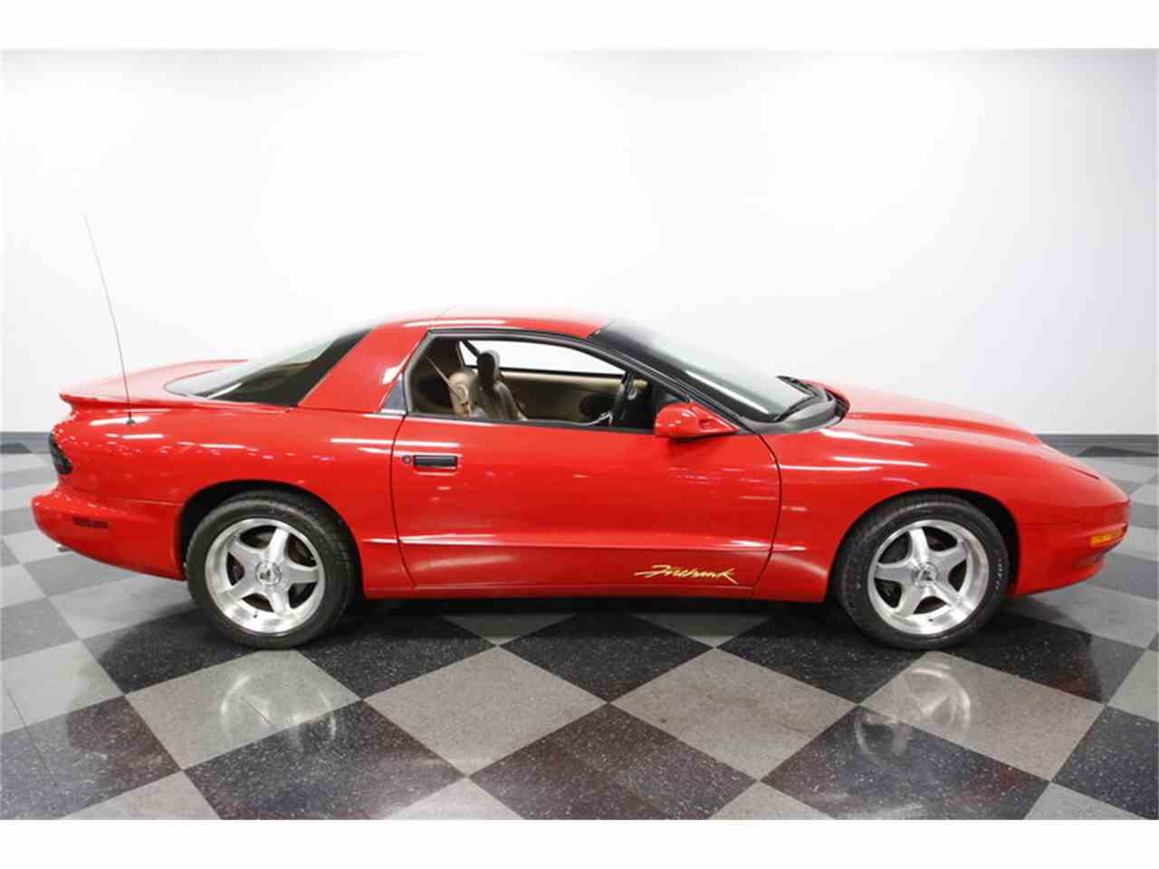 Large Picture of '93 Pontiac Firebird - $15,995.00 - MZJM