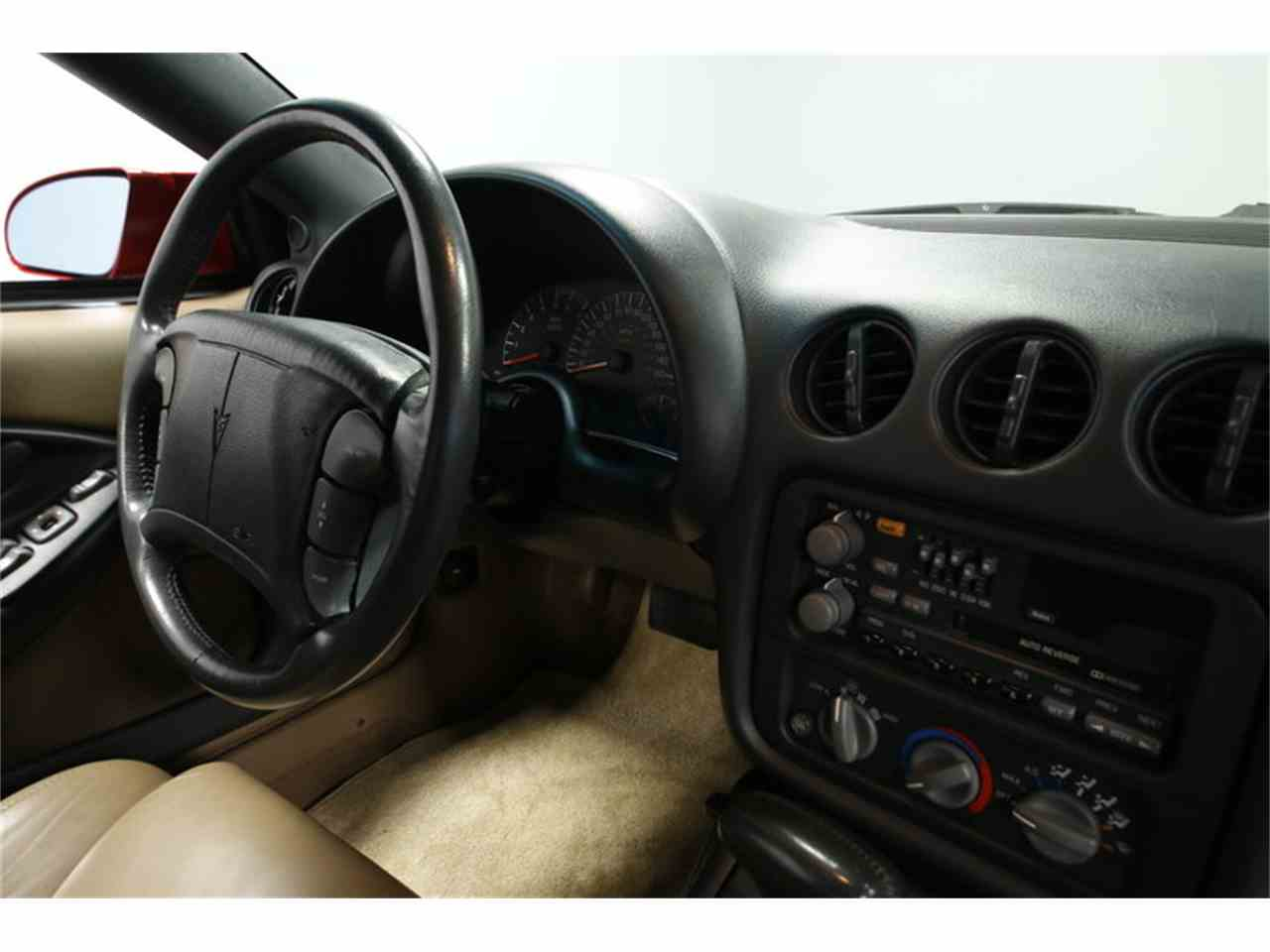 Large Picture of 1993 Pontiac Firebird - $15,995.00 - MZJM