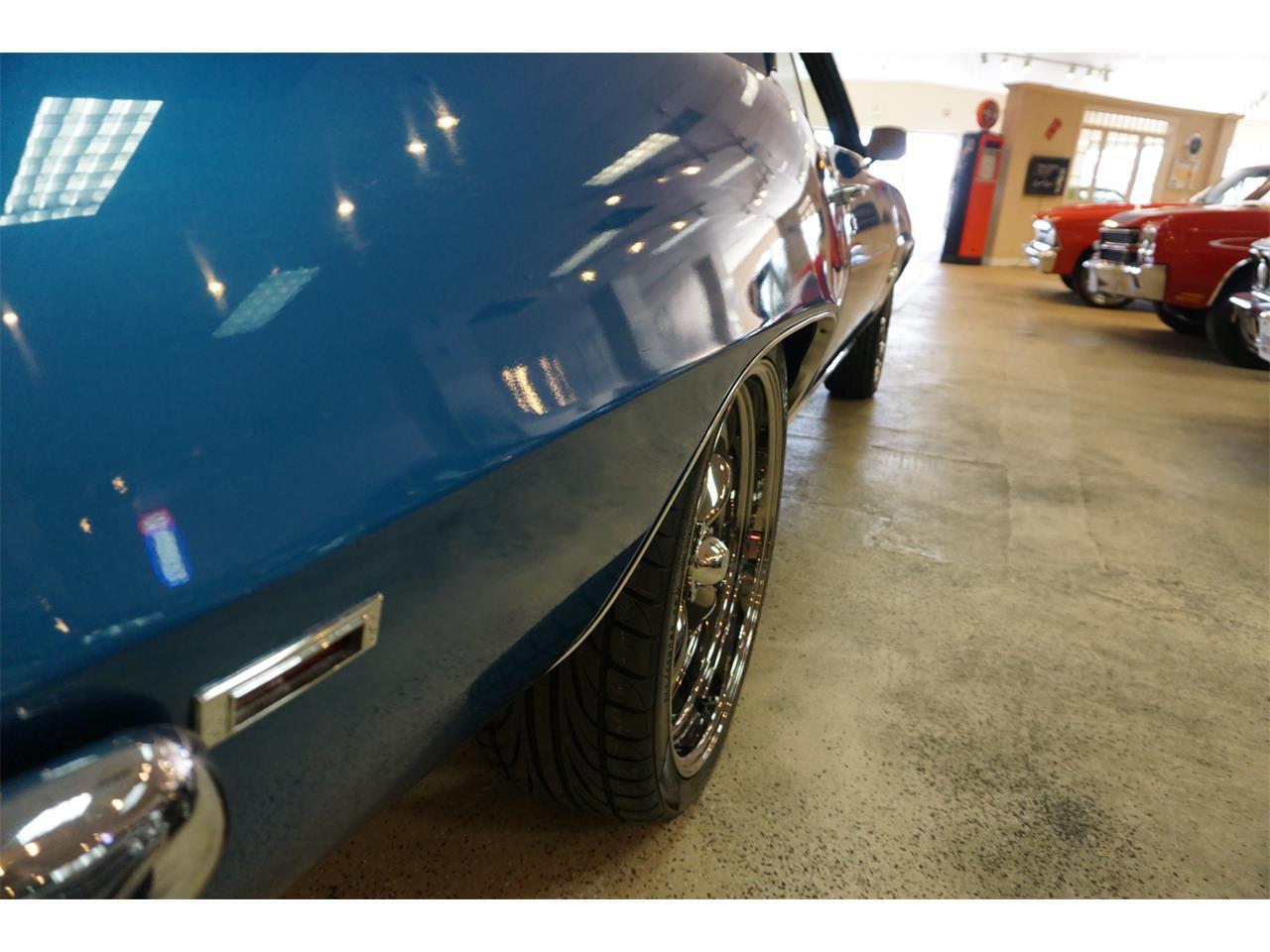 Large Picture of Classic '69 Camaro - $32,900.00 - MZK8