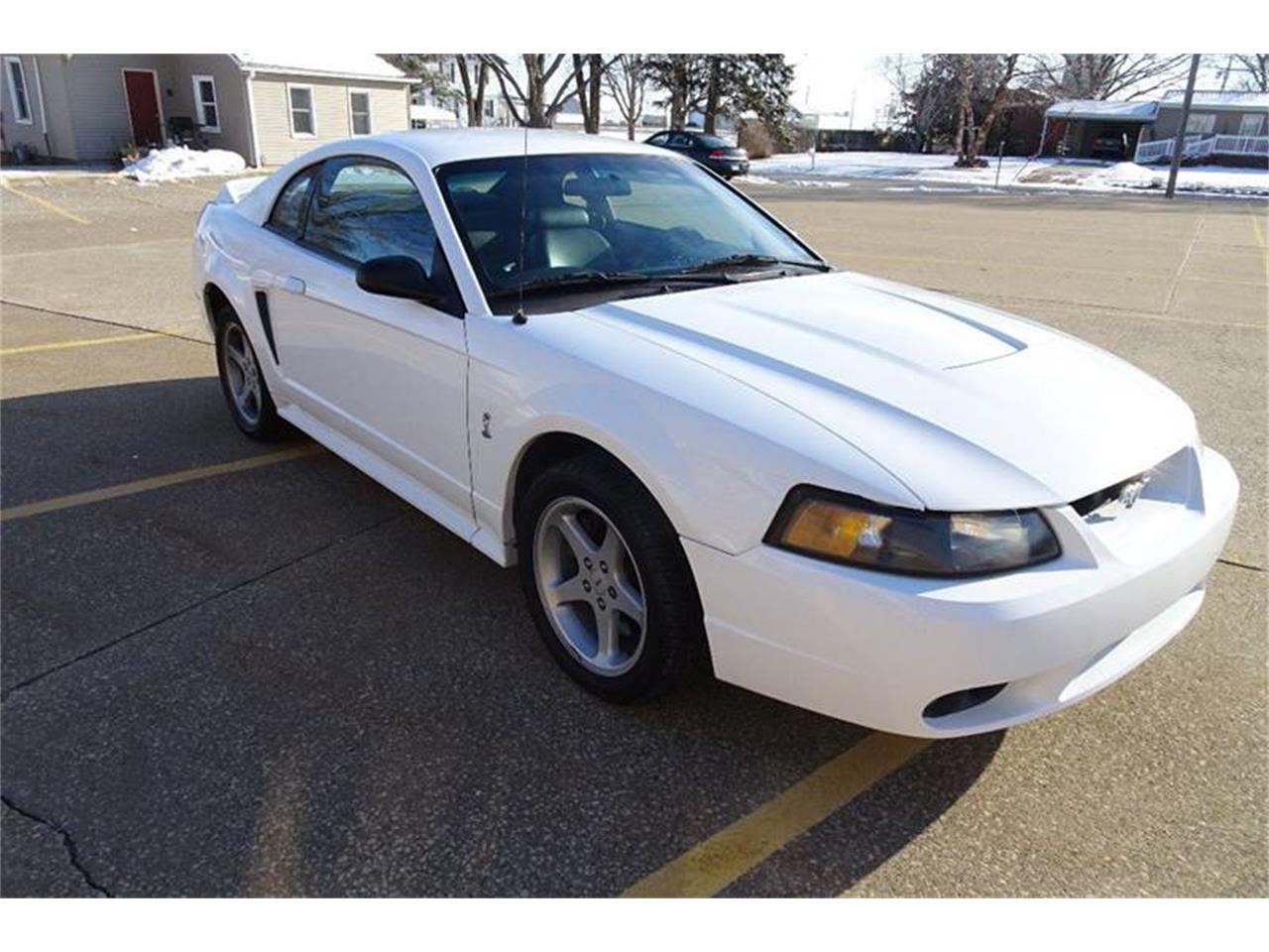 Large Picture of '99 Ford Mustang SVT Cobra - MZKE