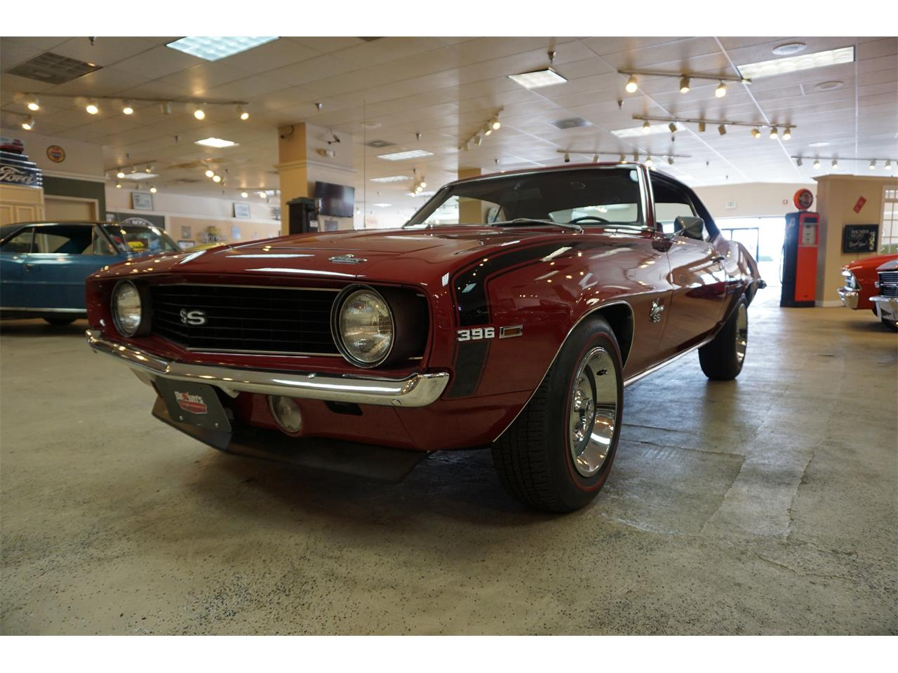 Large Picture of '69 Camaro located in Maryland Offered by Brown's Performance Motorcars - MZKJ