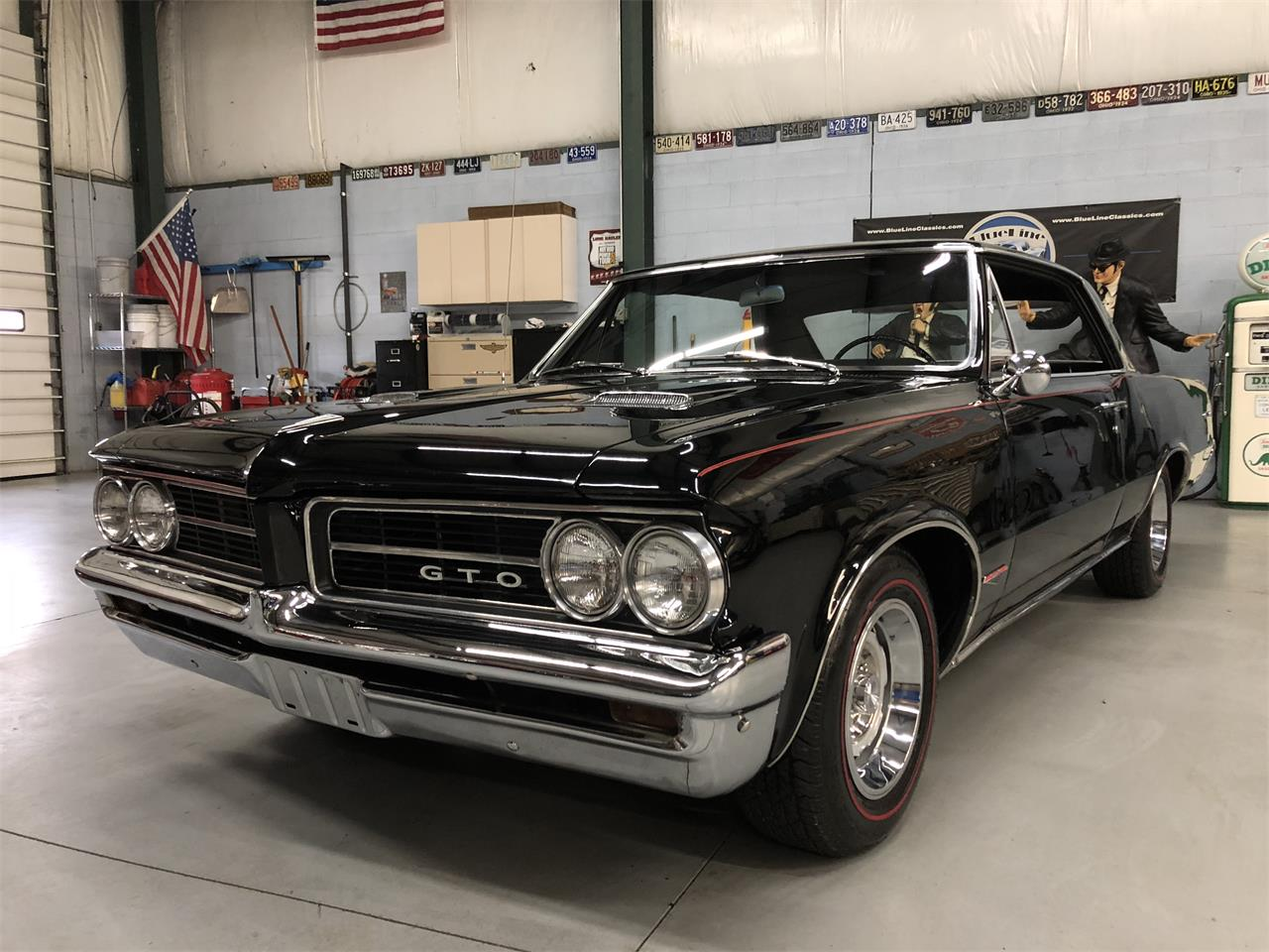 Large Picture of Classic 1964 GTO located in North Royalton Ohio - MZLY