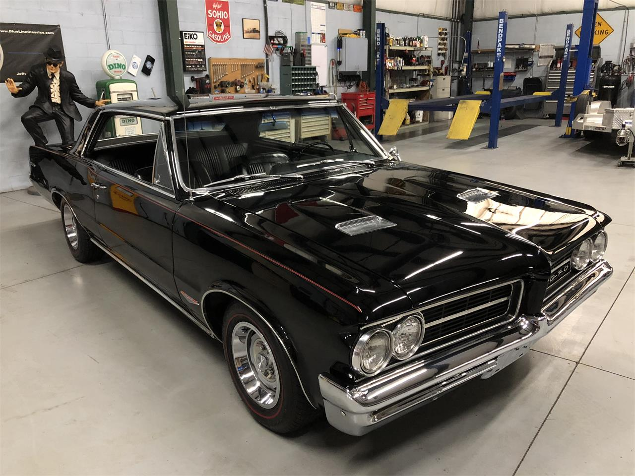 Large Picture of '64 Pontiac GTO located in North Royalton Ohio - $46,900.00 Offered by BlueLine Classics - MZLY