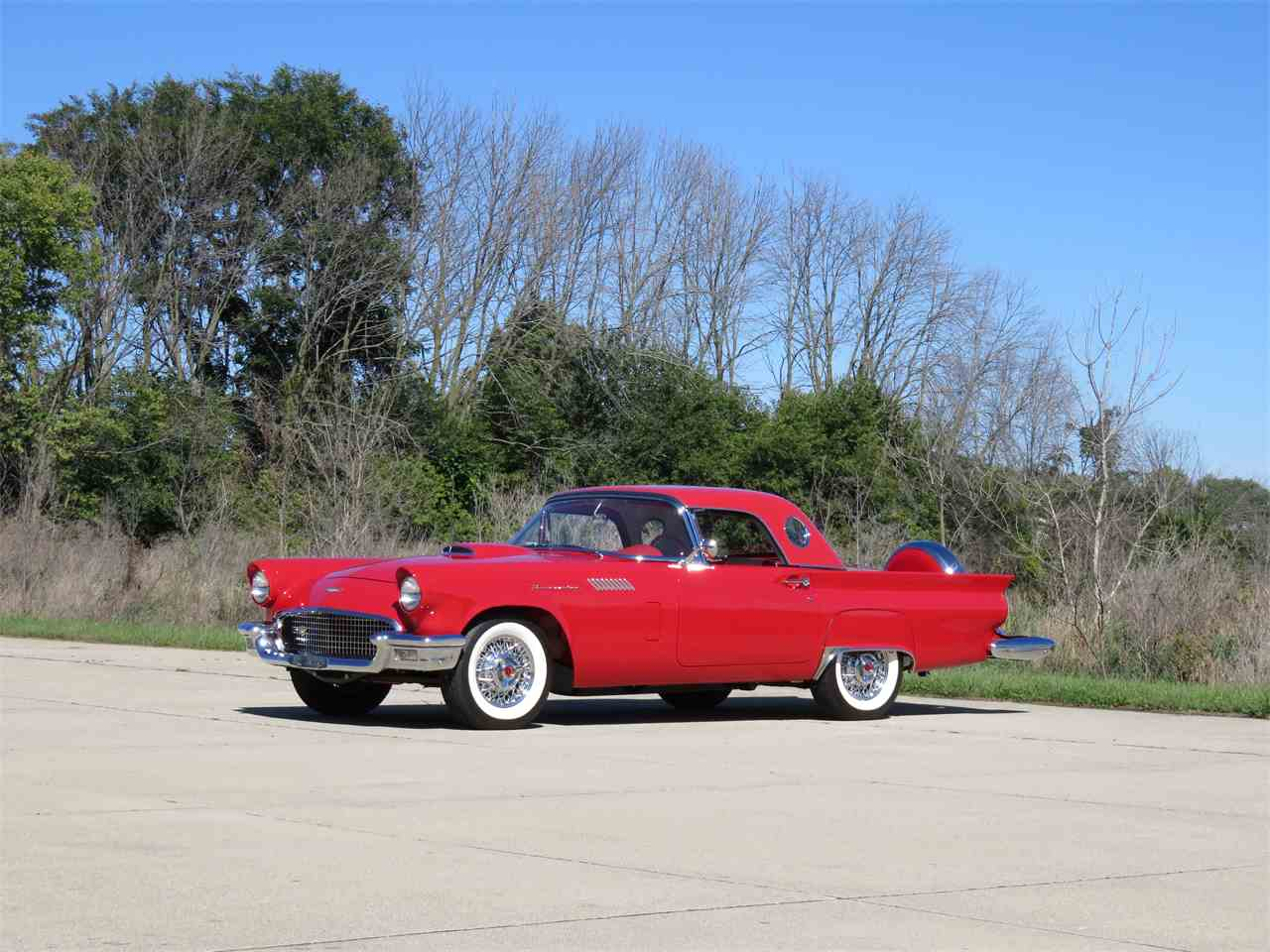 Large Picture of '57 Thunderbird - MZMI