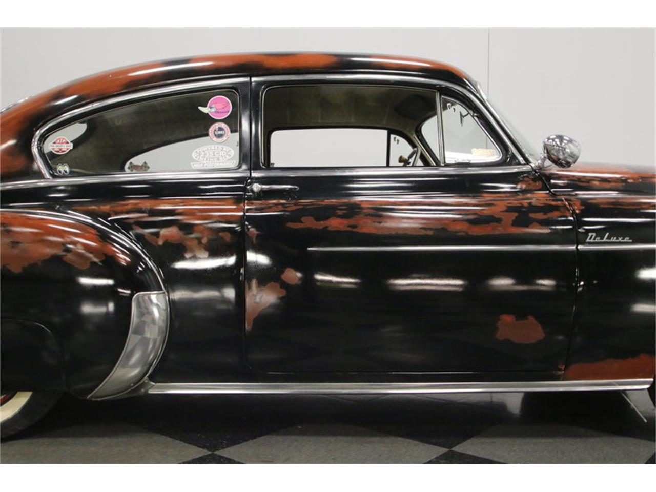 Large Picture of '50 Chevrolet Styleline Deluxe Offered by Streetside Classics - Nashville - MZSM