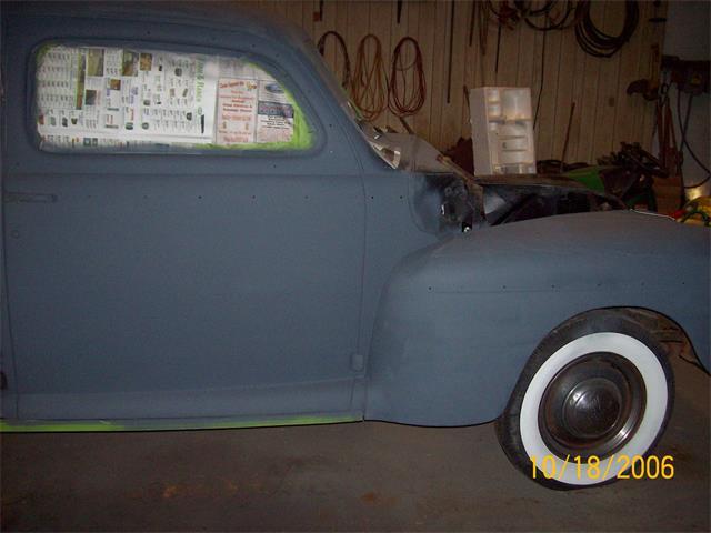1946 Ford 2-Dr Sedan
