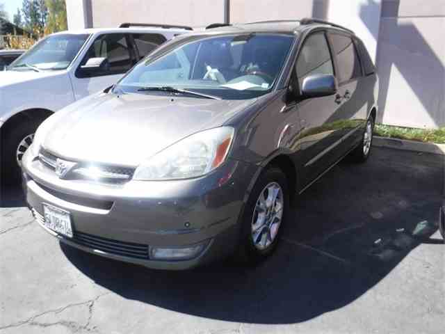 Picture of '05 Sienna - MZYD