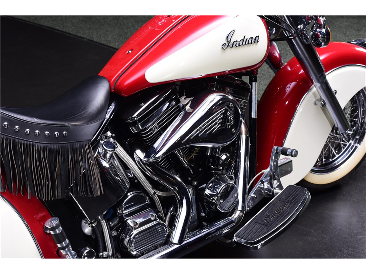 Large Picture Of 1999 Indian Chief Auction Vehicle Offered By Barrett Jackson Auctions