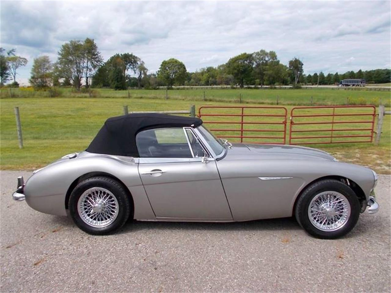 Large Picture of Classic 1963 Austin-Healey 3000 Auction Vehicle Offered by 500 Classic Auto Sales - N0IA