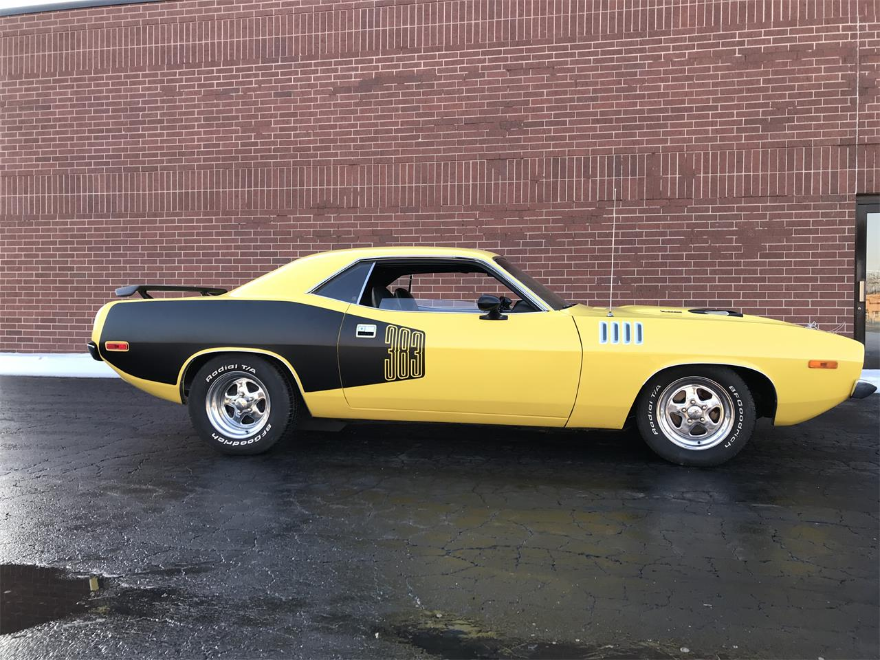 Large Picture of '73 Cuda located in Illinois Offered by Classic Auto Haus - MXXR