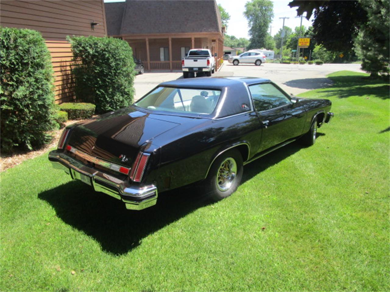 Large Picture of '75 Oldsmobile Hurst located in Michigan - $19,950.00 - MXYR