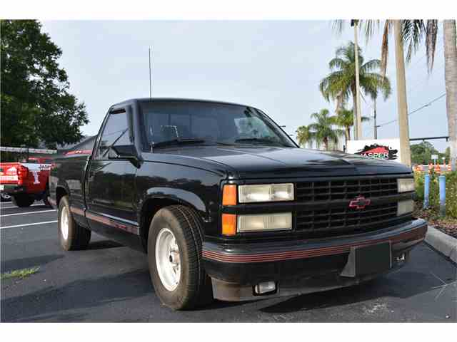 Picture of '90 C/K 1500 located in Florida Auction Vehicle Offered by Barrett-Jackson Auctions - N1B1