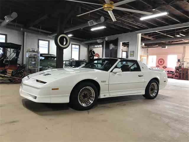 Picture of '89 Firebird Trans Am - N1WJ