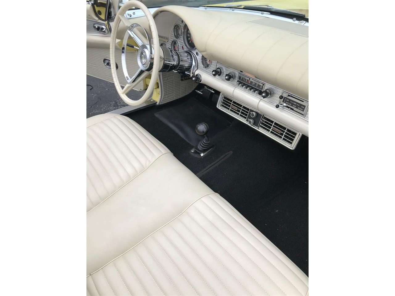 Large Picture of '57 Thunderbird - N210