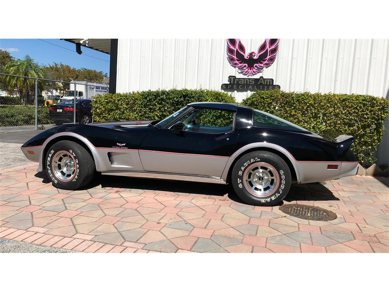 Large Picture of '78 Corvette - N25I