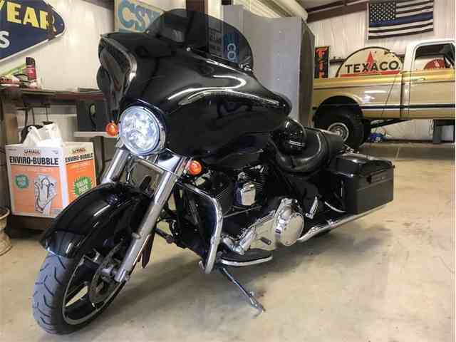 Picture of '13 Street Glide - N2FM