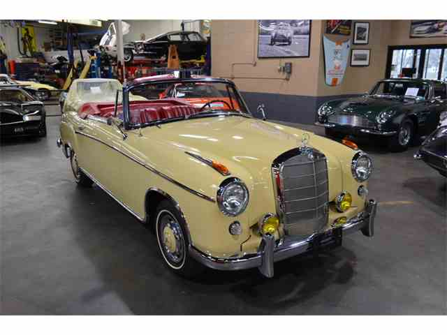 Picture of '59 Mercedes-Benz 220 located in New York Offered by  - N2HJ