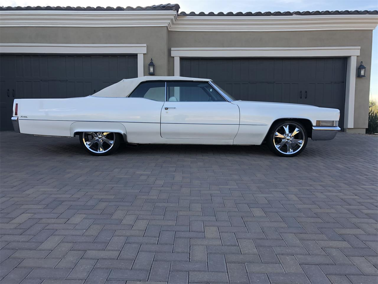 Large Picture of '70 Cadillac DeVille - N2JC