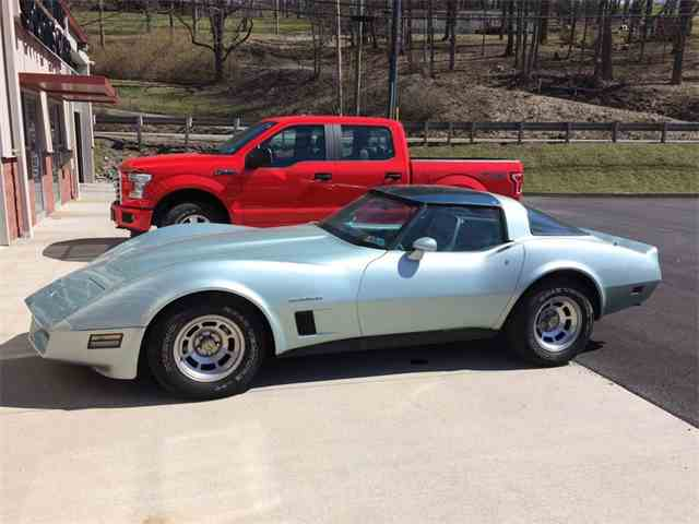 Picture of 1982 Chevrolet Corvette located in PENNSYLVANIA Auction Vehicle - N2PO