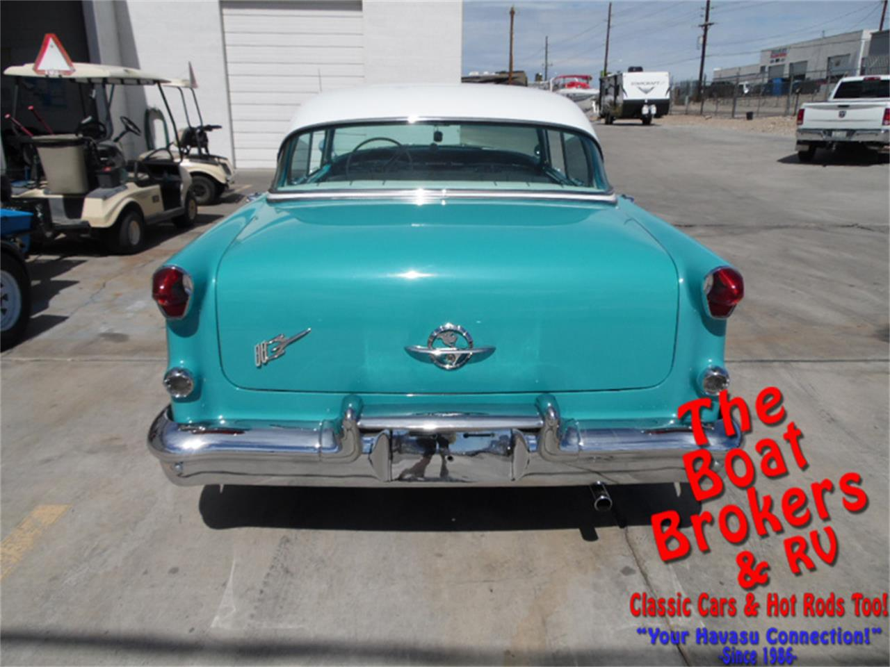 Large Picture of Classic 1955 Holiday Rocket 88 located in Lake Havasu Arizona Offered by The Boat Brokers - N2PY