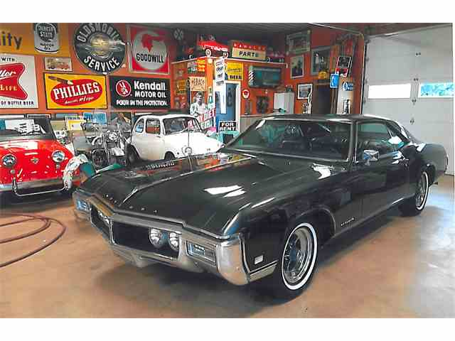 Picture of Classic 1968 Riviera - N308
