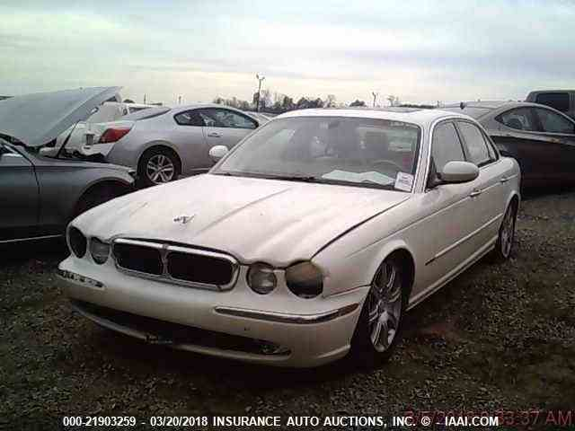Picture of '04 XJ8 - N37P