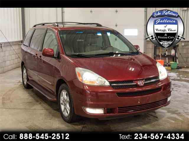 Picture of '05 Sienna - N389