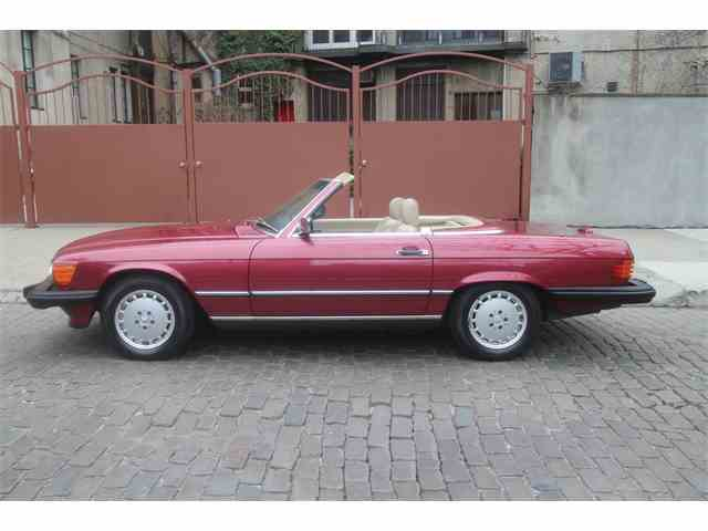 Picture of '89 560SL located in New York New York Auction Vehicle Offered by  - N3D9