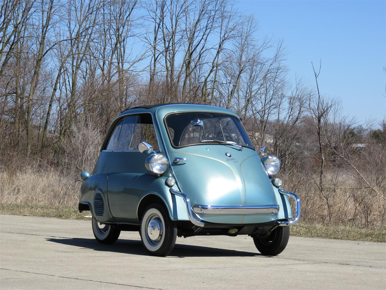 Large Picture of Classic 1958 BMW Isetta located in Kokomo Indiana Auction Vehicle Offered by Earlywine Auctions - N3EA