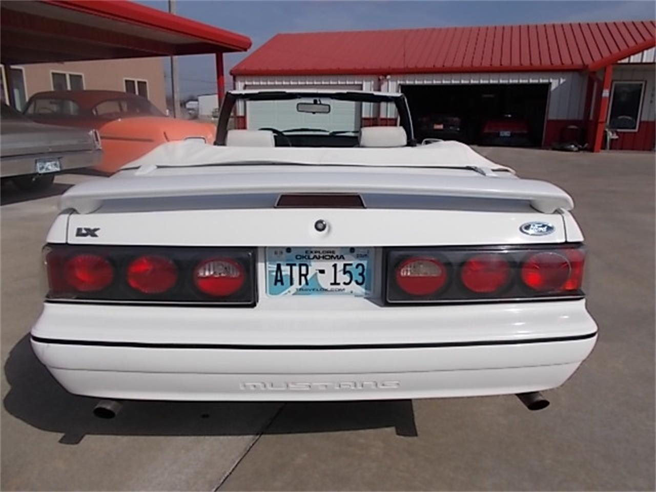 Large Picture of '93 Mustang - N3OO