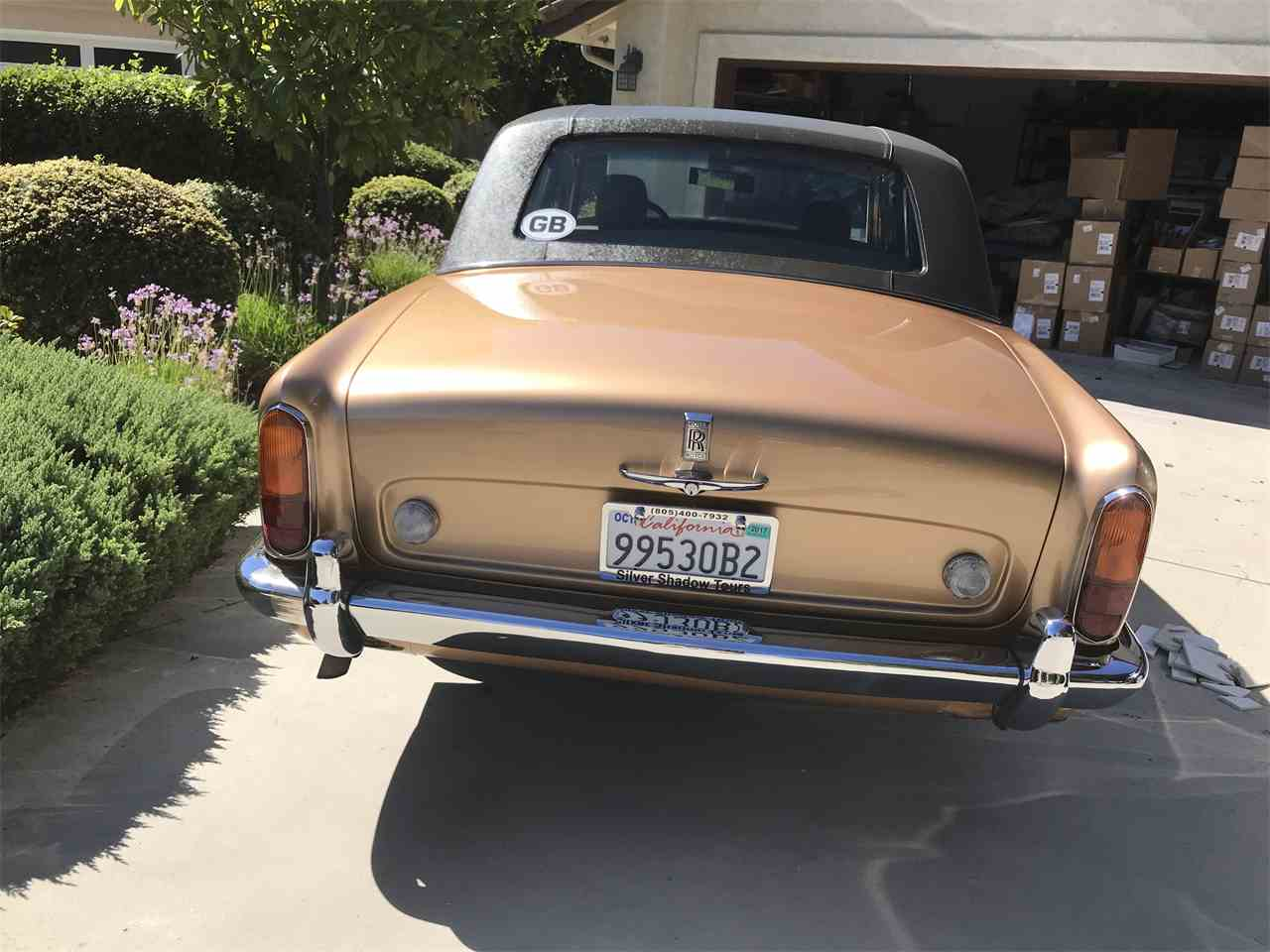 Large Picture of '72 Silver Shadow - N3UC