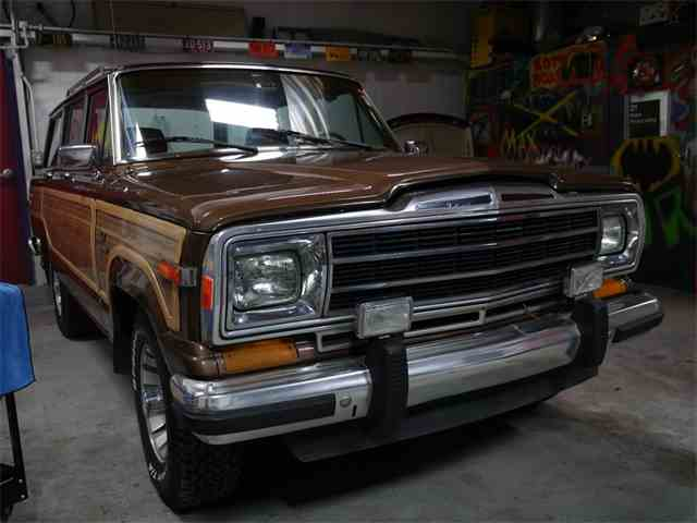 Picture of '85 Grand Wagoneer - N42B