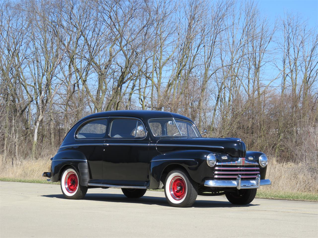 Large Picture of '46 Ford Deluxe located in Kokomo Indiana Offered by Earlywine Auctions - MY9Z