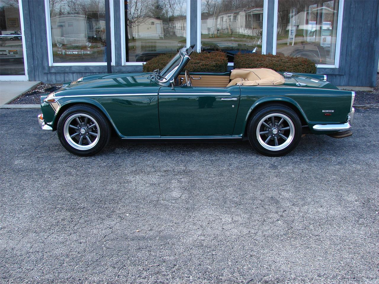 Large Picture of Classic '68 Triumph TR250 - N4E5